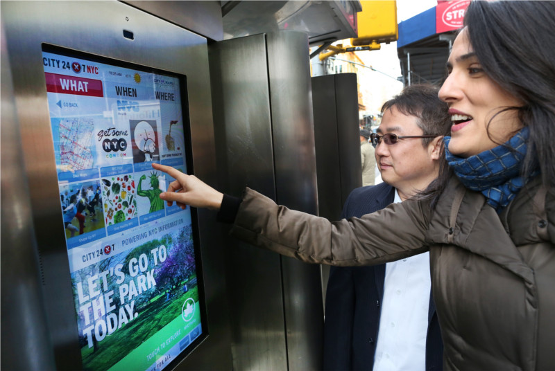 Nueva York colocará Wi-Fi gratis en antiguos teléfonos públicos - telefonos-publicos