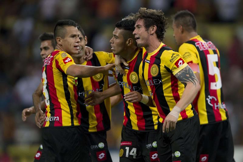 Leones Negros vs Monterrey, Clausura 2015 - Leones-Negros-vs-Monterrey-en-vivo-clausura-2015