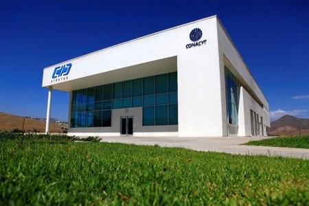 Centro de investigación de Tijuana crea trajes para la industria aeroespacial de EU