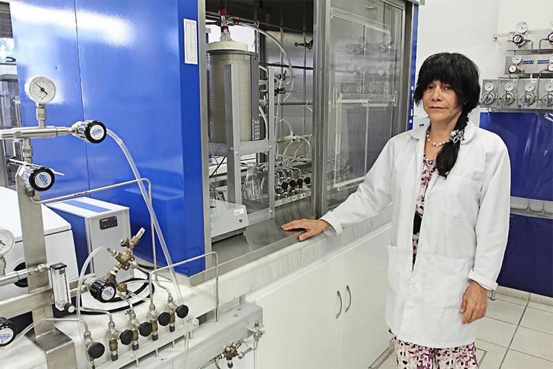Investigadores mexicanos a la caza de desarrollar 36 compuestos de hidrocarburos sintéticos - Griselda-Corro-Hernandez