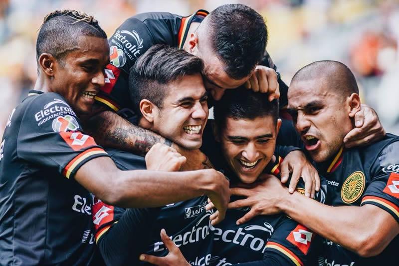Resumen de la Jornada 9 del Clausura 2015 en la Liga MX - Leones-Negros-UDG-Jornada-9-Clausura-2015