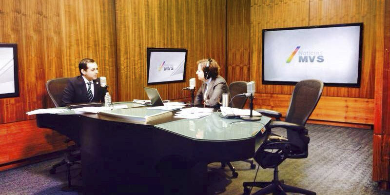 MéxicoLeaks cobra su primer víctima: MVS despide a reporteros de Aristegui Noticias - MVS-Noticias-800x400