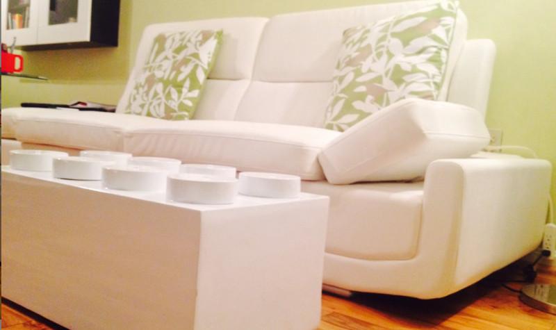 Conoce la mesa de café en forma de LEGO para decorar tu sala - mesa-LEGO