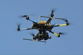Lanzan un dron para control de manifestaciones en Brasil - DRON_MOFETAII