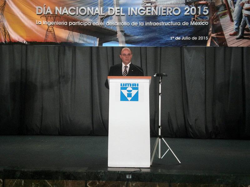 Hay que renovar y reinventar la ingeniería nacional - Dia-del-ingeniero-2015