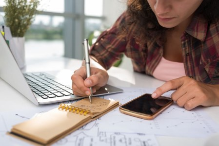 Aprende a iniciar un negocio en internet y más ¡gratis!