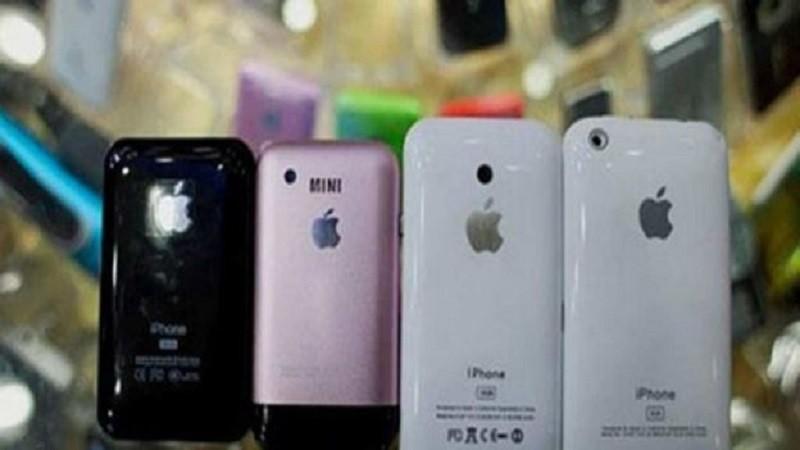 Pekín: desmantelan red que elaboró 40,000 iPhones falsos - Pekin-iPhone-800x450