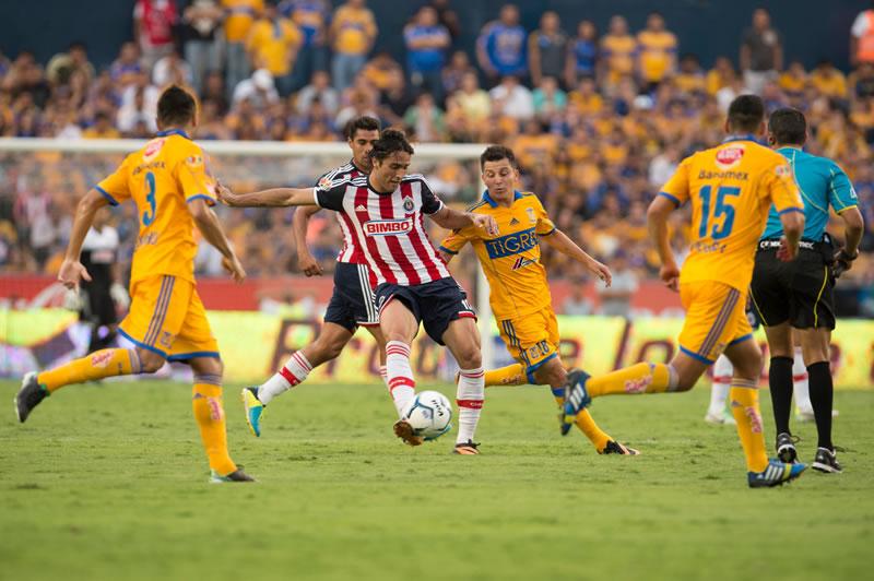 Chivas vs tigres a qu hora juegan en el apertura 2015 for Hora de apertura castorama