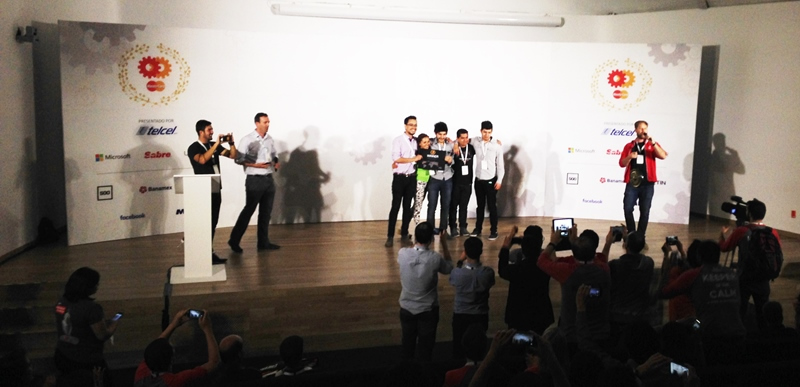 Knowhere, gana hackathon Masters of Code México - Knowhere-MasterCard_Ganadores_Hackathon