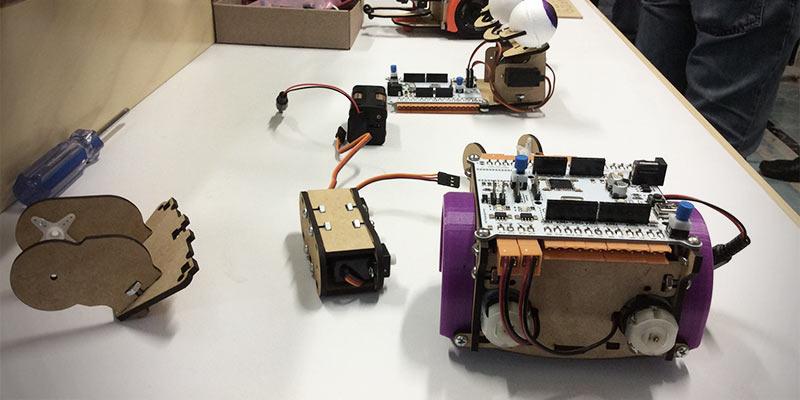Andromie Maker, robótica para la enseñanza - andromie-maker