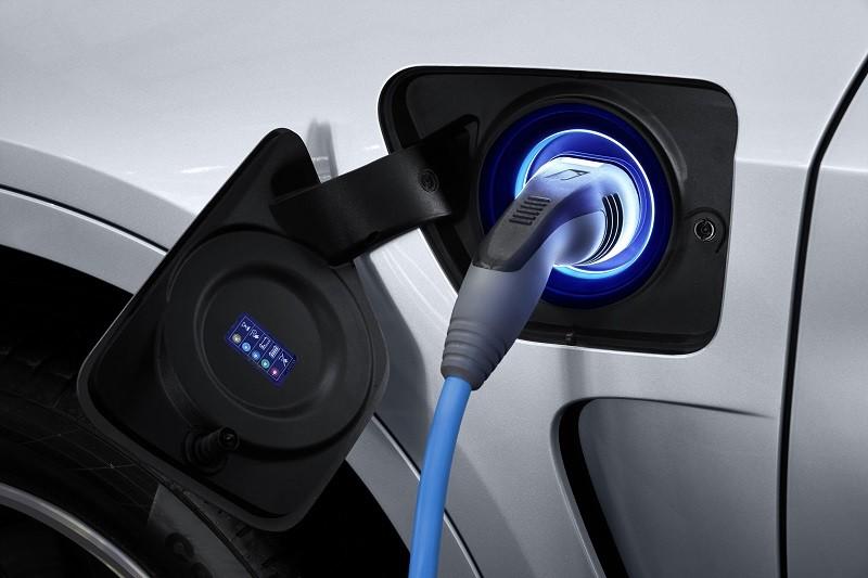 Sector automotriz en México pide incentivar venta de coches híbridos - auto-hibrido-800x533