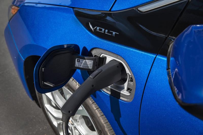 Chevrolet Volt 2016 llegó a México; primer Chevrolet eléctrico de rango extendido - chevrolet-volt-2016-mexico-5