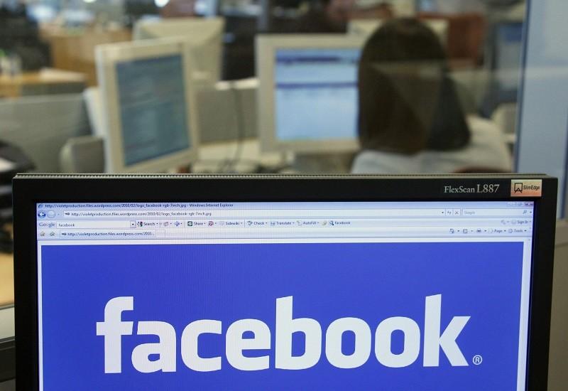 Facebook bloqueará Candy Crush en 'Facebook at Work' - facebook-work-800x550