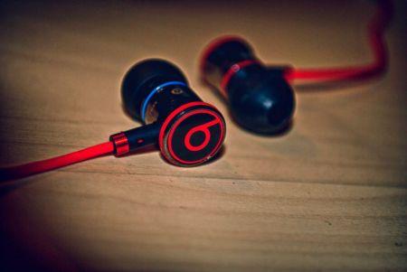 Apple trabaja con Beats para crear unos audífonos inalámbricos