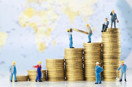 Escalera del ahorro, un sencillo método para ahorrar en un año