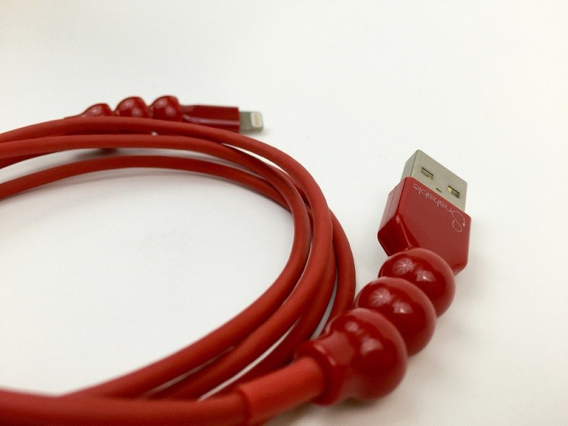 Snakable, el cable USB que promete no romperse - snakeable-4-800x600