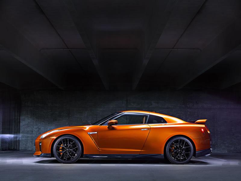 Nuevo Nissan GT-R 2017 hizo su debut en el Auto Show de Nueva York 2016 - nissan-gt-r-2017-2