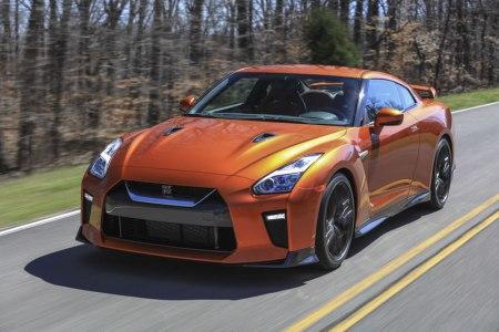 Nuevo Nissan GT-R 2017 hizo su debut en el Auto Show de Nueva York 2016