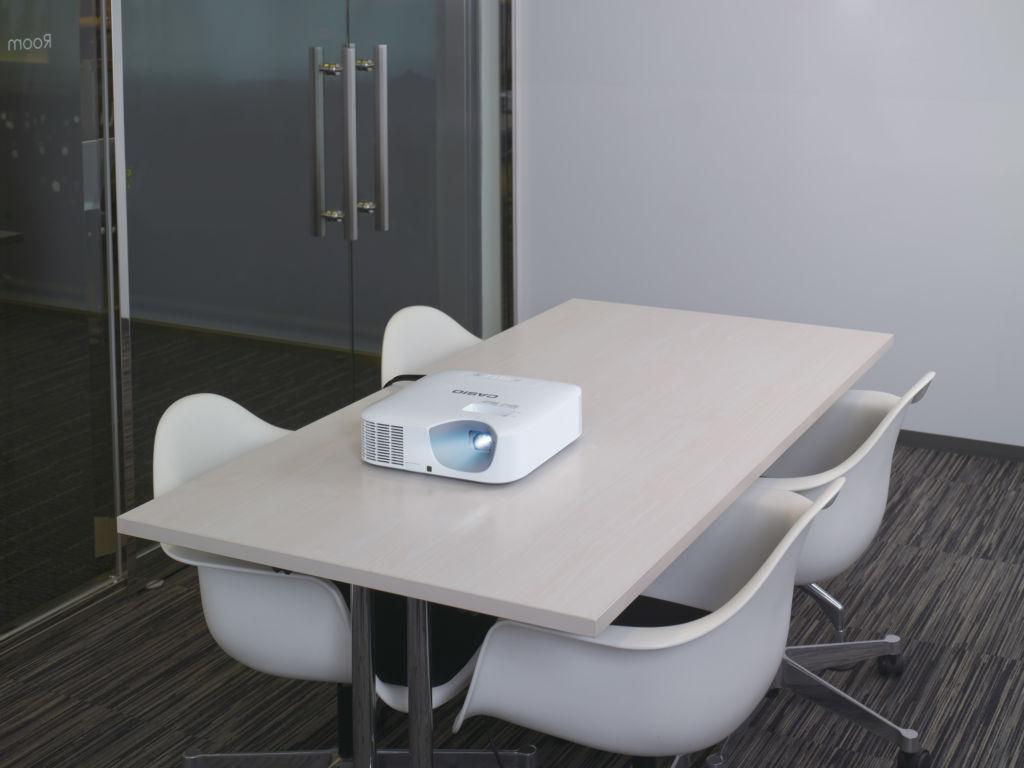 Casio lanza en México su nueva línea de proyectores LampFree - casio-proyector-lampfree-serie-core