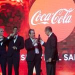 Coca-Cola anuncia la nueva estrategia global: Marca Única - coca-cola-siente-el-sabor-brindis