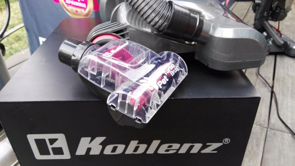 Barredora Aria Koblenz: Barre, aspira y con accesorio que remueve el pelo de tu mascota - barredora-aria-de-koblenz2