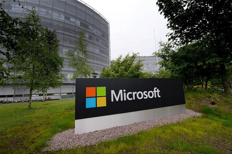 Finlandia lanza fuerte crítica a Microsoft por promesas incumplidas tras compra de Nokia - microsoft-finlandia-800x532