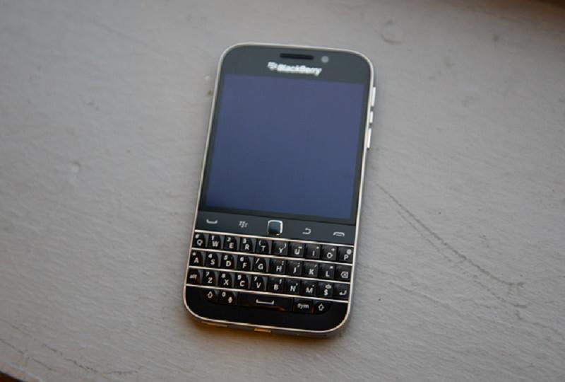 BlackBerry da fin a su teléfono Classic - blackberryclassic-4988-800x540
