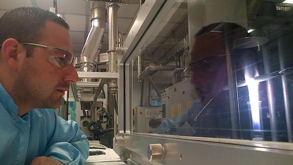 Participa mexicano en GB en desarrollo de nueva fibra óptica con gran capacidad - fibra-optica1