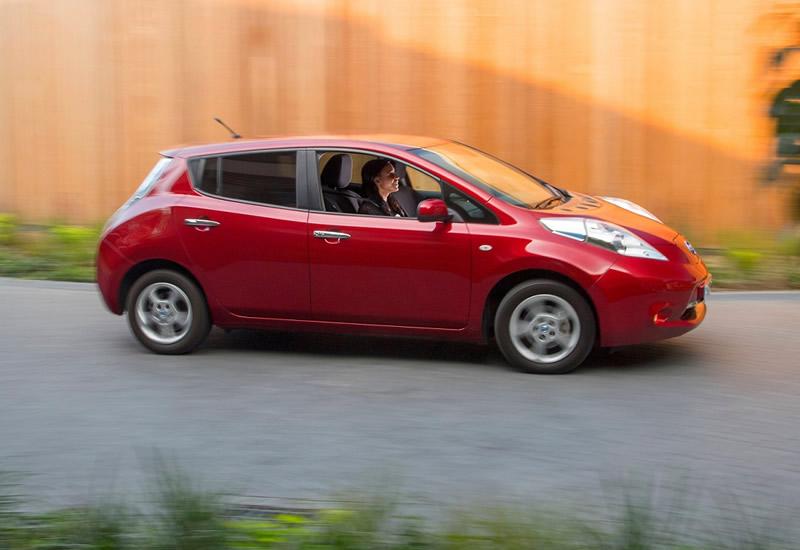 Autos eléctricos, la mejor acción para impulsar un futuro sostenible según los millenials - autos-electricos-millenials