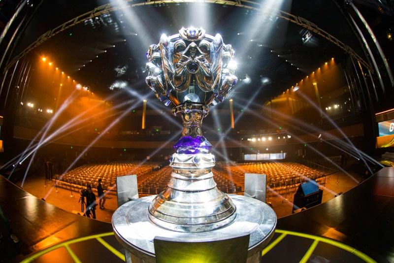 Los 8 equipos que avanzan en el Campeonato Mundial de League of Legends - campeonato-mundial-de-league-of-legends-copa-lol-800x534