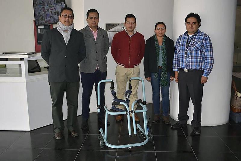 Mexicanos innovan andadera motorizada para asistir a niños con discapacidad motriz - andadera-motorizada-ninos-discapacidad-motriz