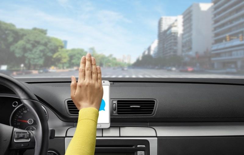 Zero Touch: app de control de voz para siempre tener las manos al volante - zerotouch-lifestyle-hover-800x510