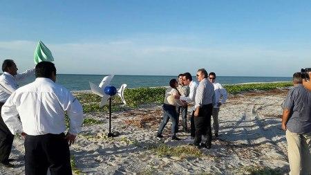 Estudiantes mexicanos diseñan aerogenerador híbrido que lleva electricidad a zonas rurales