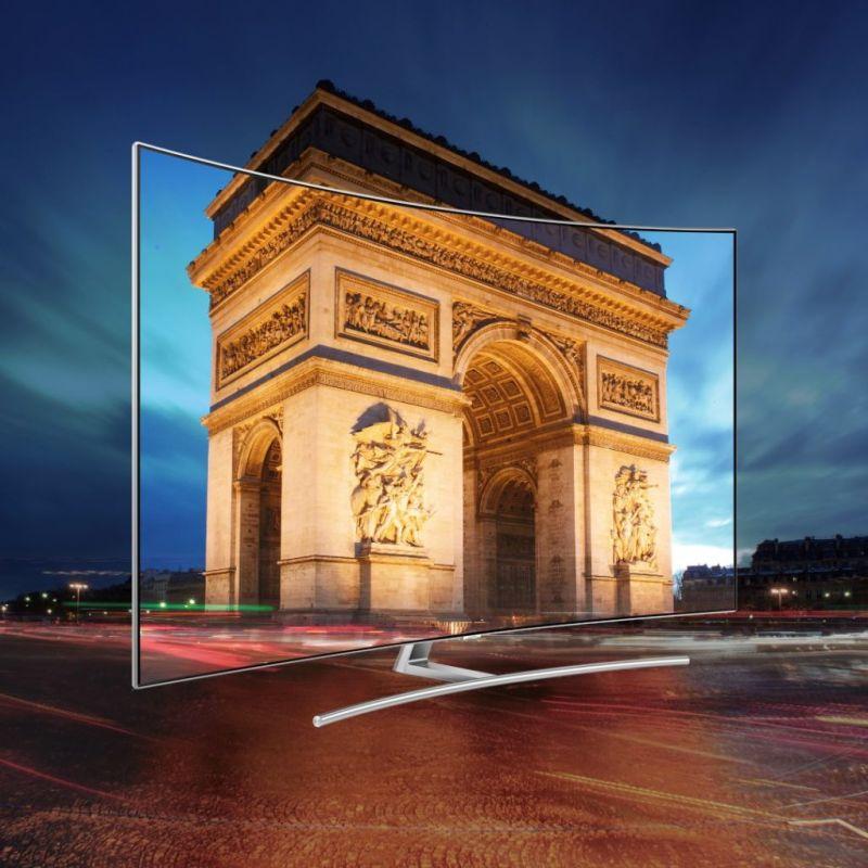 Samsung presenta su nueva línea premium de TVs QLED y The Frame - qled-global-launch-paris_1-800x800
