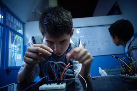 Crean método que enseña robótica a niños con contenidos universitarios