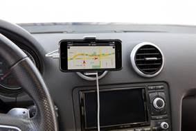 Vent Mount Car: el gadget para siempre tener accesible tu smartphone en el auto - vent-mount-car-de-belkin_3