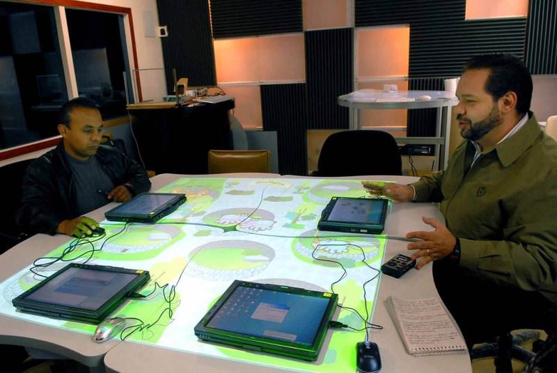 El Aula del Futuro es aplicada por la UNAM para enseñanza - el-aula-del-futuro_2-800x535
