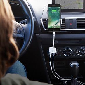 Nuevo conector dual Lightning Audio + Charge RockStar de Belkin llega a México