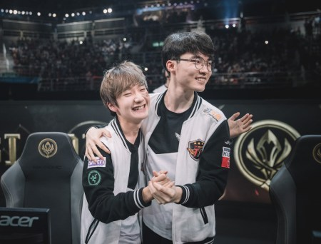 SK Telecom T1 los bicampeón del Mid-Season Invitational de League of Legends - faker-y-peanut-carrilero-medio-y-junglero-de-skt
