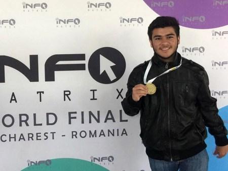 Preparatoriano mexicano gana oro por cortometraje en Informatrix Rumania