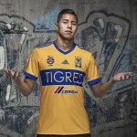 Conoce los nuevos uniformes de Tigres para la temporada 2017-2018 - nuevos-uniformes-tigres-ayala_local
