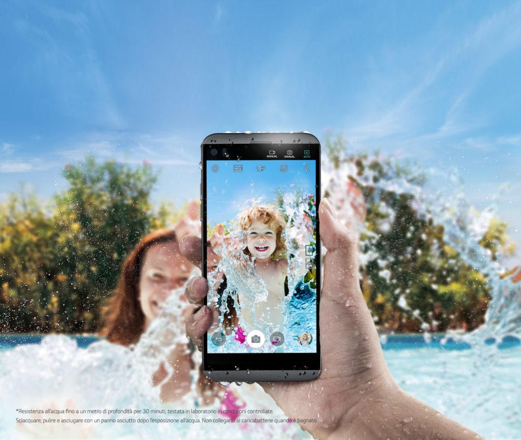 LG Q8: un V20 compacto y resistente al agua - q8-water-ressistant