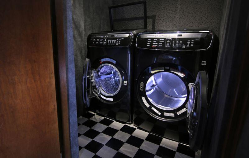 """Samsung inaugura """"Casa Samsung"""", el hogar inteligente - casa-samsung_cuarto-de-lavado-800x510"""