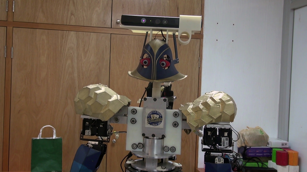 Universitarios crean a Justina: robot que recibe y ejecuta órdenes - justina-robot-que-recibe-y-ejecuta-ordenes