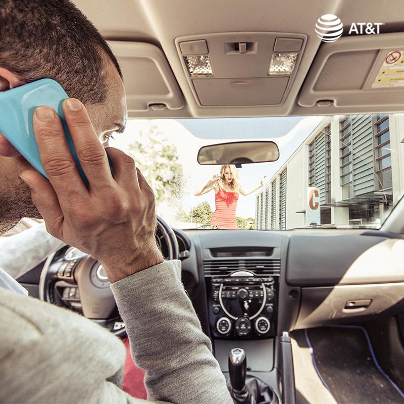 """""""Puede Esperar"""": únete al compromiso de no usar tu celular al manejar - puede-esperar-att"""