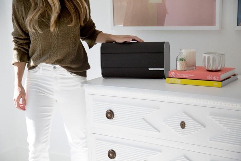 BRAVEN presenta su serie de bocinas Bluetooth Premium - braven-2300-bluetooth-speaker-graphite-room-800x534