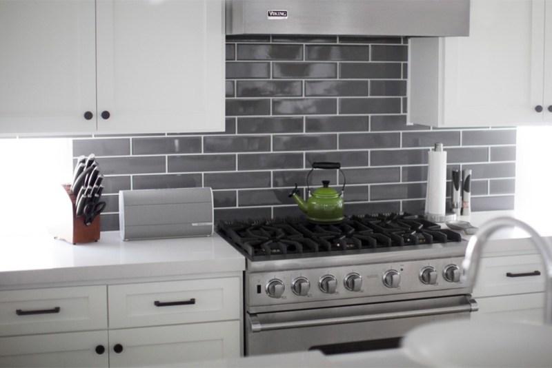 BRAVEN presenta su serie de bocinas Bluetooth Premium - braven-2300-bluetooth-speaker-white-kitchen_1-800x534