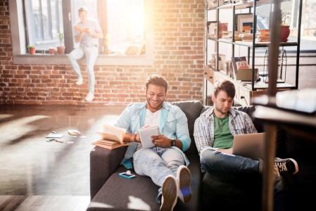 ¿Qué debes considerar antes de compartir un apartamento?