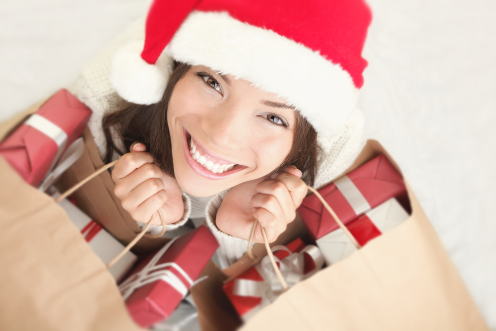 Datos de los consumidores Latinos durante épocas decembrinas - compras-navidad