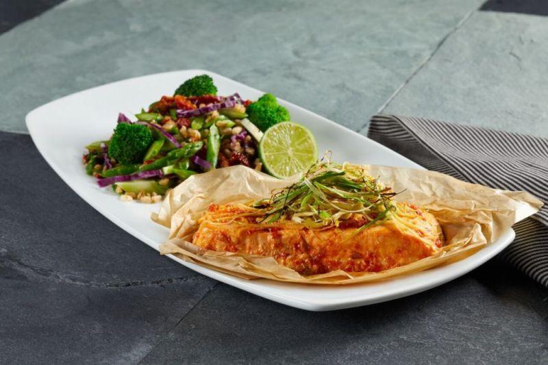 10 datos que no conocías de California Pizza Kitchen para celebrar sus 10 años - ginger-thai-salmon_preview-800x533